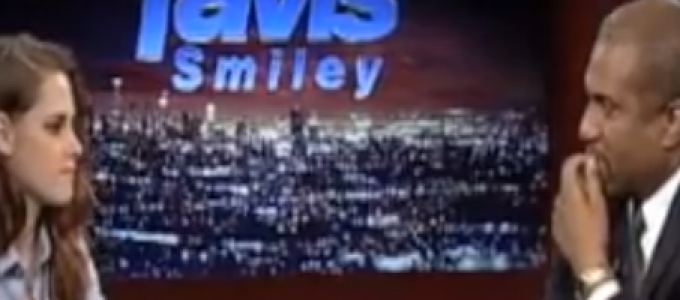 Vídeo: Preview da entrevista da Kristen no programa Tavis Smiley.