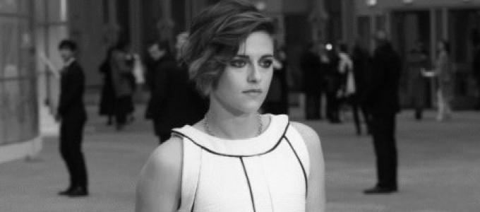 Kristen fala com a Vogue Brasil sobre o desfile e a coleção da Chanel