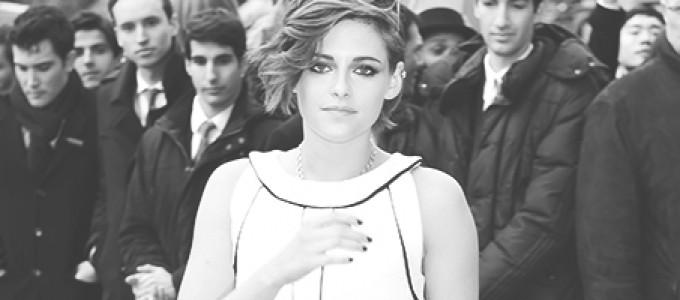Cobertura: Kristen marca presença no desfile da Chanel, no Paris Fashion Week
