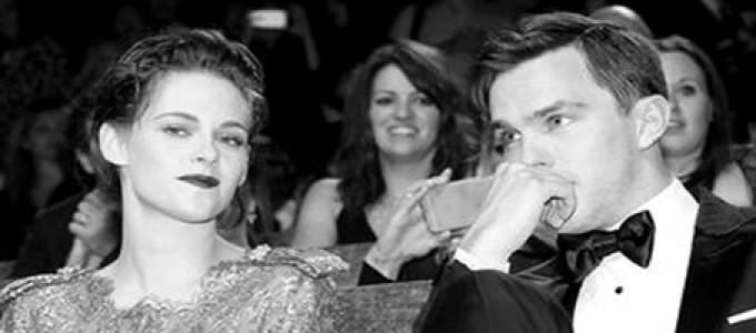 Nova entrevista de Kristen e Nicholas para o Deadline