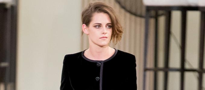 Kristen fala sobre desfilar para a Chanel com a ELLE UK