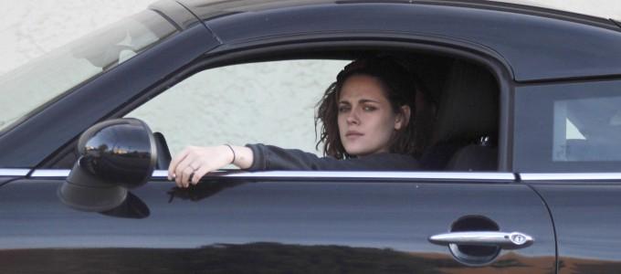 Galeria: Kristen é fotografada em Los Feliz
