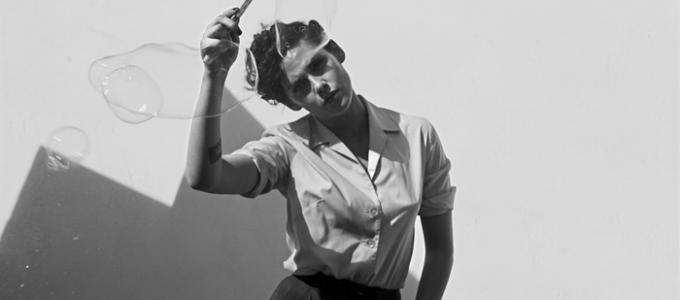Kristen participa do projeto L.A. Noir do The New York Times