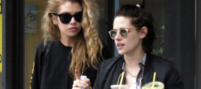 Galeria: Kristen comprando café da manhã com Stella Maxwell