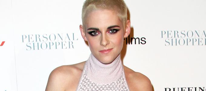 Kristen comparece a premiere de Personal Shopper em Nova York