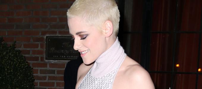 Galeria: Kristen a caminho da premiere de Personal Shopper