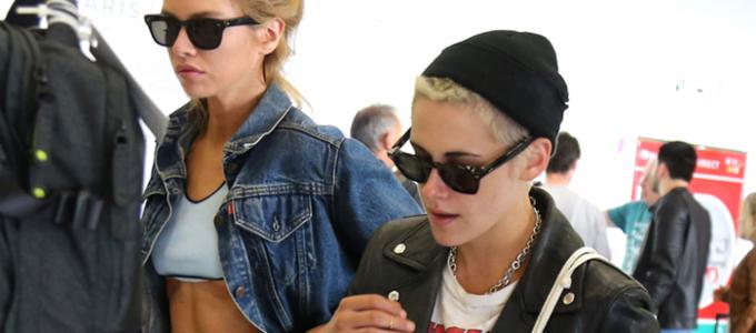Galeria: Kristen desembarca em Paris após filmar novo anúncio da Chanel