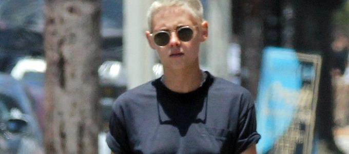 Galeria: Novas fotos da Kristen em Los Feliz