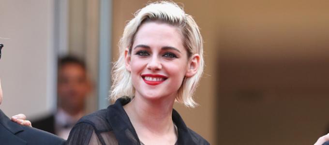 Vídeos Legendados: Kristen na press junket de Café Society em Cannes