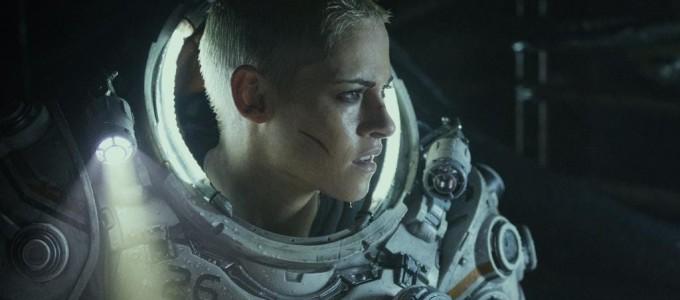 Kristen Stewart fala sobre Ameaça Profunda, As Panteras e Angelina Jolie
