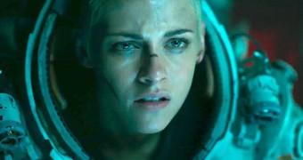 """Kristen Stewart sobre Ameaça Profunda: """"É ridículo que eu cheguei a fazer esse filme"""""""